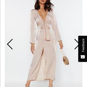 Dresses & Skirts - Champagne long sleeve low cut dress